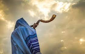 הערכות לתפילות הימים הנוראים במרחבים פתוחים